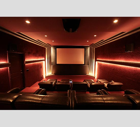 Proper Lighting Makes Home Theater Systems